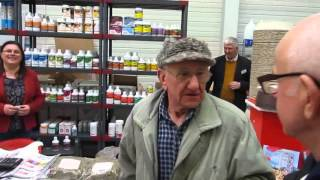 getlinkyoutube.com-Celoštátna výstava Poštových holubov Trenčín 9.1.2016 CV Trenčín