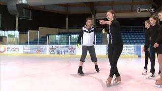 getlinkyoutube.com-L'équipe de France de patinage en tournée en Vendée