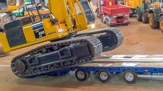 getlinkyoutube.com-RC excavator transport! R/C digger Komatsu PC490 gets loaded!