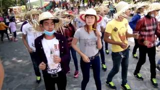 getlinkyoutube.com-Nhom Mua Khmer Tan Uyen Tai Nui Tay Ninh ( MaDiZon ReMix )