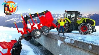 getlinkyoutube.com-BRUDER TOYS RC Traktor Crash Claas Axion Forestry trailer