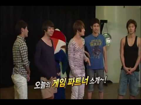 All About TVXQ Season 3 MC Junsu+Play game Chicken Fight  Part 2
