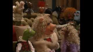 getlinkyoutube.com-The Muppets - A Muppet Family Christmas 1987
