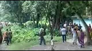 getlinkyoutube.com-Bangladeshi Border(!), Bangla Hili, Hakimpur , Dinajpur, Banglagesh.