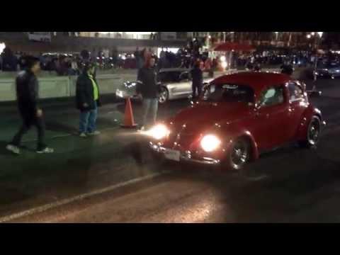 Arrancon entre el vocho turbo grillos vs corvetee super cargado en autódromo hermanos Rodríguez