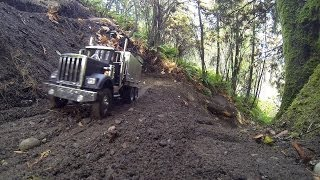 getlinkyoutube.com-JRP RC - Building Road Part 1 With The 6X6 King Hauler Dump Truck