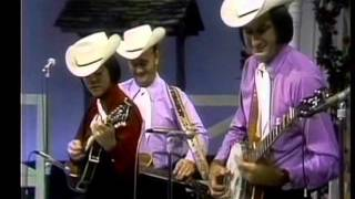 getlinkyoutube.com-Lester Flatt and The Nashville Grass with a young Marty Stuart