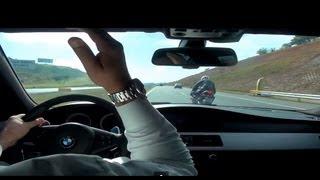 getlinkyoutube.com-BMW M5 V10 x REPSOL HONDA CBR 1000