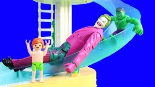getlinkyoutube.com-Playmobil Joey Swims At Water Park Pool With Baby Hulks And Joker Goes Down Waterslide Episode 3