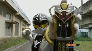 getlinkyoutube.com-Power Rangers Super Megaforce - RPM Gold and Silver Legendary Ranger Mode
