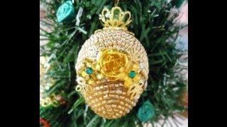 getlinkyoutube.com-Como hacer Arte Realeggza en un arbolito navideño