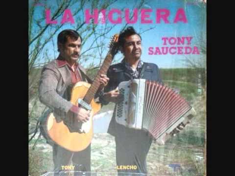 Banderas De Amor de Tony Sauceda Letra y Video
