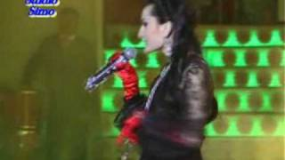 getlinkyoutube.com-Farzonai Khurshed- Chashmi khumor (concert Borbad 9/5/09)