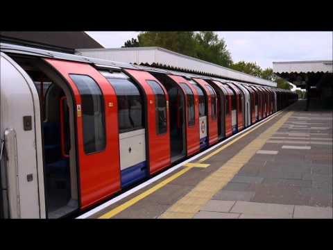[London Underground] [HD] Central line 1992 Tube Stock trains at Fairlop