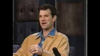 Chris Isaak - Dancin' + interview [November 1996]