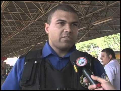 Motorista de ônibus mata amigo a facadas no Terminal do Acapulco (13/10)