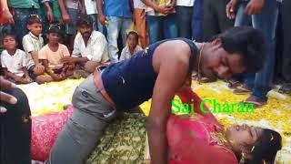 Hot and Sexy Arkesta Palang Kre Choye Choye Bhojpuri Sexy Dance 2018 width=