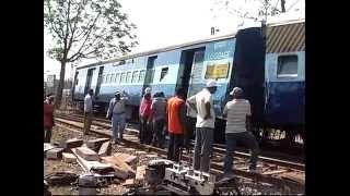 getlinkyoutube.com-Train Accident on 8th May 2013 Railway Bilaspur Zone C.G.
