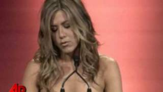 Jennifer Aniston Mops the Floor with Brad Pitt—Women In Film Awards—June 12, 2009