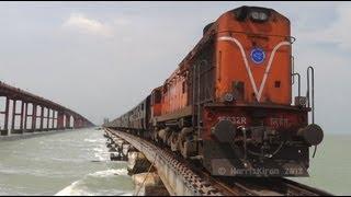 getlinkyoutube.com-Train over the Sea ! Rameswaram Express on Pamban Bridge