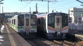 E127系6両編成・E129系6両編成 行き違い 越後線 巻駅にて