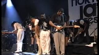 "getlinkyoutube.com-Earth Wind & Fire: ""Shining Star"" / ""Devotion"" (North Sea Jazz 1997)"