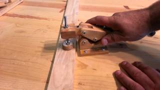 """getlinkyoutube.com-Woodworking - homemade """"hold down toggle clamps"""""""