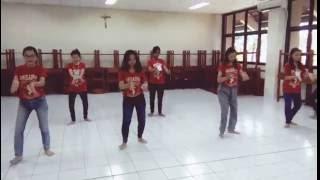 Tari Jaipongan Aduh Manis (dalam acara Driyarkara Mengabdi)