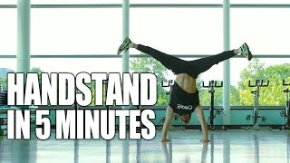 getlinkyoutube.com-Learn How to Handstand in Only 5 Minutes | ASAP