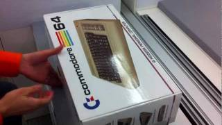 getlinkyoutube.com-Commodore 64x Unboxing, signed by the late Barry Altman