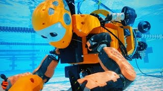 Stanford's humanoid robot explores an abandoned shipwreck