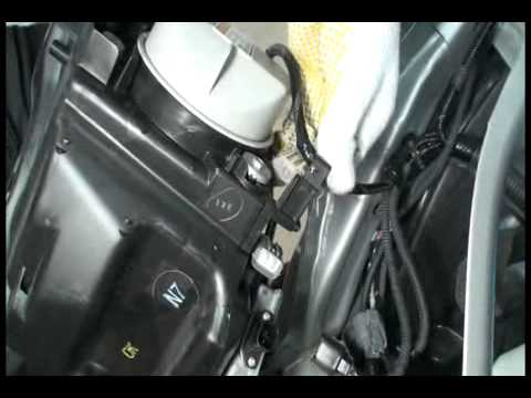 Фара передняя Honda Freed
