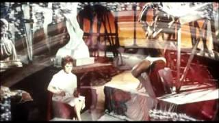 getlinkyoutube.com-Giulietta degli spiriti (1965) Trailer