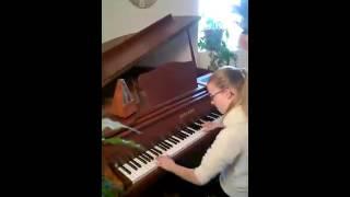 Anaïs au Piano