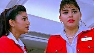 getlinkyoutube.com-Udhayanidhi wins Hansika's heart - Oru Kal Oru Kannadi