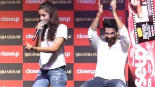 getlinkyoutube.com-When Alia Bhatt Got Offended On Shahid Kapoor's Marriage Question