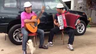 getlinkyoutube.com-EL PERRO BAILARIN - CONDOR MENSAJERO - ANGEL GUARACA - VIDEO AFICIONADO