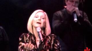 getlinkyoutube.com-OLIVIA Newton John - Live 2016