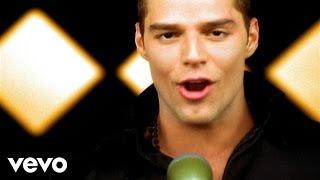 getlinkyoutube.com-Ricky Martin - Livin' La Vida Loca