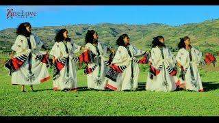 getlinkyoutube.com-Ethiopian Traditional Music   Melkam Gorebet