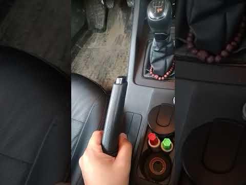 Ремонт кнопки ручника на Шкоде Октавии А7