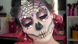 getlinkyoutube.com-Simple Sugar Skull - Halloween Makeup Transformation - EbonyMaizeMakeup -