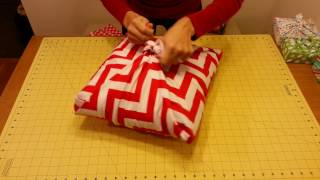 getlinkyoutube.com-Fabric Wrapping - No sew Pillow Sham
