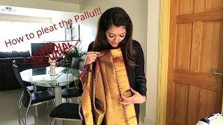 getlinkyoutube.com-How to pleat a Saree with Vithya