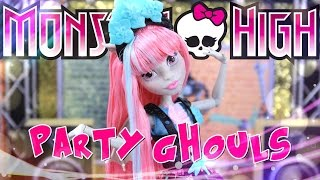 Unbox Daily:  Monster High Party Ghouls Rochelle Goyle - Doll Review - 4K