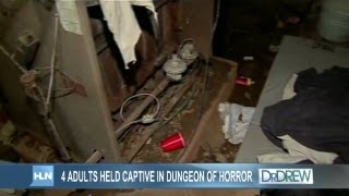 getlinkyoutube.com-Police: 4 adults held captive in dungeon