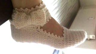 getlinkyoutube.com-Cómo hacer pantufla con pulsera y moño para dama
