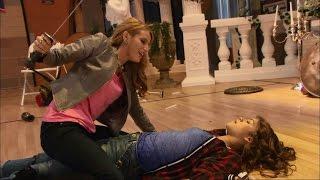 getlinkyoutube.com-Zendaya & Bella Thorne Full Fight Scene - K.C. Undercover (Spy-anoia Will Destroy Ya)