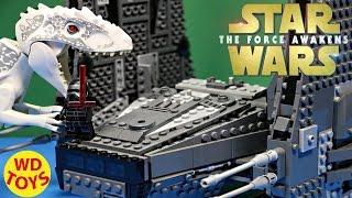 getlinkyoutube.com-Star Wars Lego Kylo Ren's Command Shuttle Vs Indominus Rex  Force Awakens  Jurassic World 75104 WD