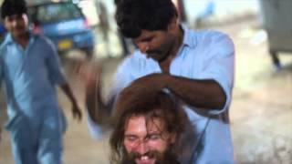 Pakistan street massage